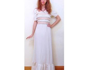 Vintage 70s Dress, Maxi Dress, Folk Dress, Boho Dress, Gypsy Dress, Hippie Dress, Hippy Dress, Prairie Dress, Embroidered, Festival Dress