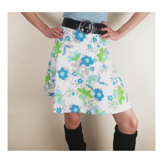 Vintage 60/'s inspired floral tennis skort small