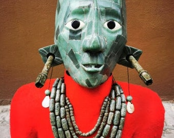 replica of king pakal mask in real size.