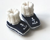 Dark blue baby booties with anchor knit sailor booties wool baby slippers MADE TO ORDER
