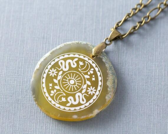 Agate Slice Evil Eye Snake Necklace, Stone Pendant Necklace, Witchy Necklace, Bohemian Stone Jewelry