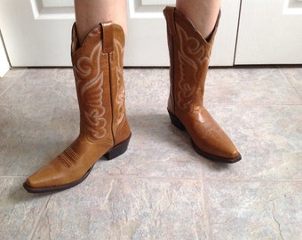 93e348202a08a Cowboy boots size 8 size 39 women s vintage brown leather cowboy boots  cowgirl boots J.B. Dillon The very best in boot