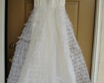 d2c80e5a909 Vintage 1940s 1950s tulle wedding dress gown with side metal zipper small  medium size 7 8 40s 50s