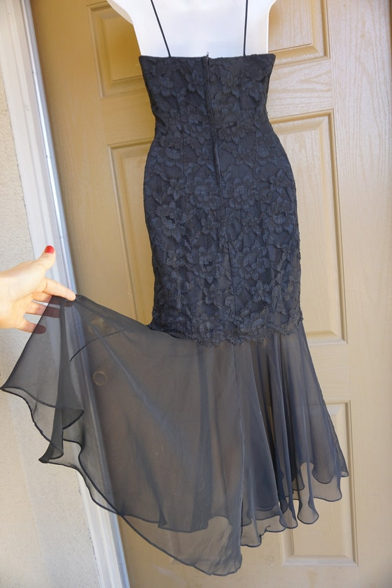 1990s vintage maxi mermaid black lace dress size … - image 8