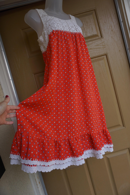 80s Dresses | Casual to Party Dresses Sleeveless Loose Fit Dress Crochet Long Floral Hippie Boho Bohemian Size Small - Medium 70S 1970S Retro Tent Mumu $0.00 AT vintagedancer.com