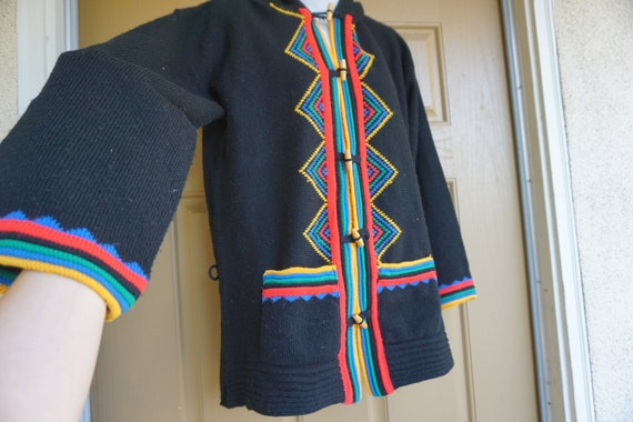 Hooded 1970s knit sweater size small 1970s