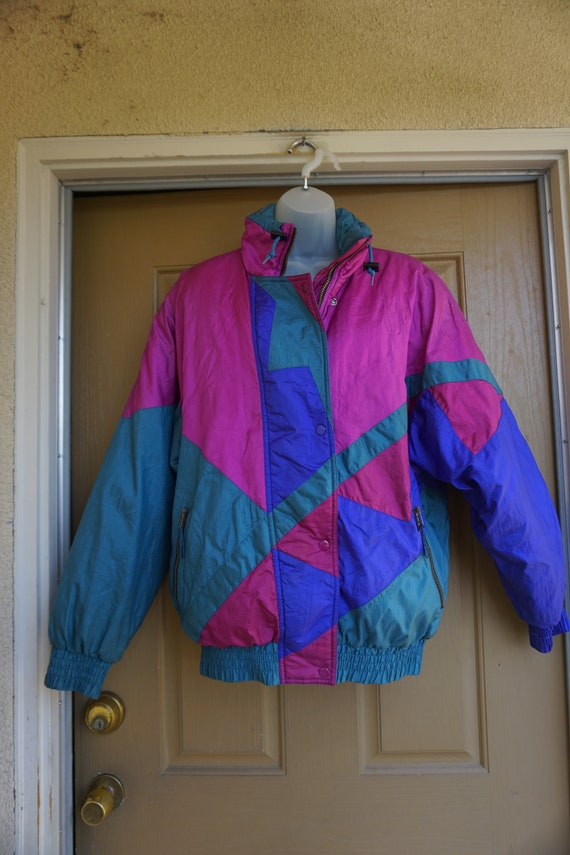 Vintage 1980s or 90s  nylon / polyester ski jacke… - image 2