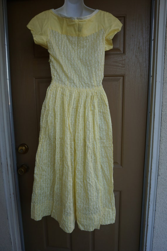 Vintage 1950s yellow day dress size Medium tall m… - image 7