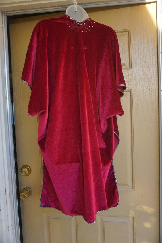NWT Jessica McClintock Vintage velvety red blanke… - image 10