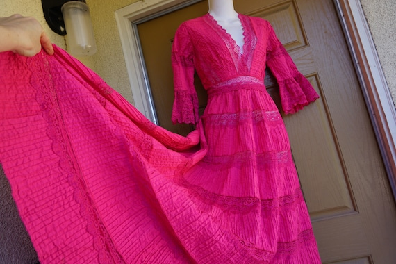 Mexican pink dress maxi Boho Fiesta Vintage 70s Cr