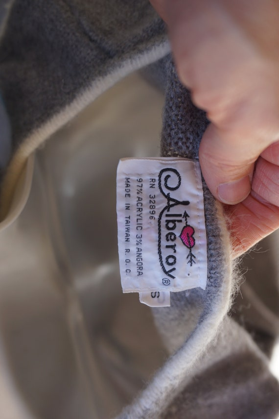 ABCs vintage sweater vest - image 8