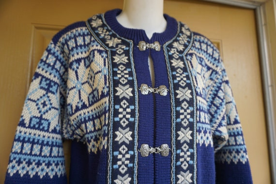 Nordstrikk size 38 small heavy knit sweater jacket