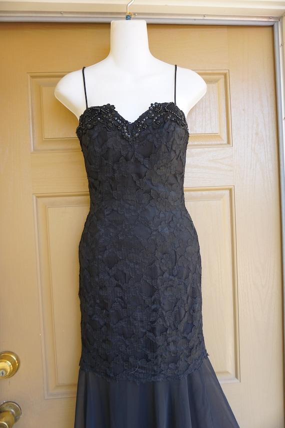 1990s vintage maxi mermaid black lace dress size … - image 4