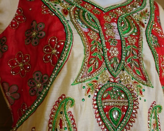 Bollywood Vintage size small medium jeweled beaded embroidered green sequien dress made in India