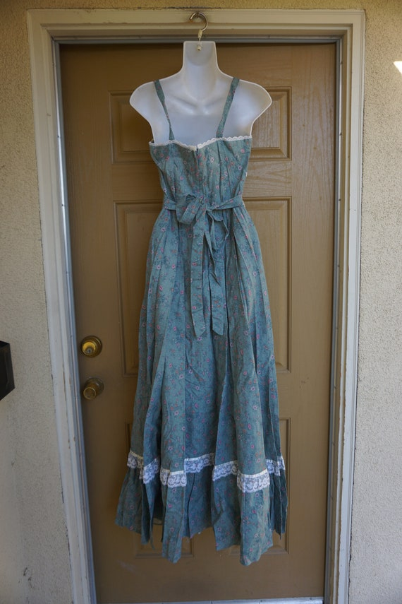 Gunne sax size 11 like new large prairie lace max… - image 9