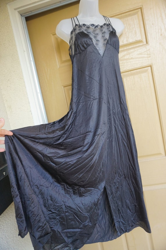 Vintage black lace sexy maxi nightgown fits Large