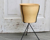 Midcentury Black Metal Plant Stand With Large (original) Plastic Flower Pot