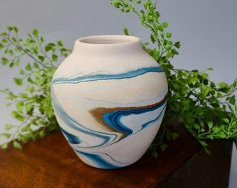 A /'Nemadji Pottery/' Pot With Chains to Hang Swirled Pottery Minnesota -  Moose Lake Nemadji Tile /& Pottery Co Collectible Pottery
