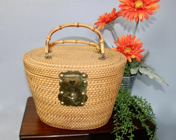 Vintage Large Rattan Straw Top Handle Basket Bag/… - image 1