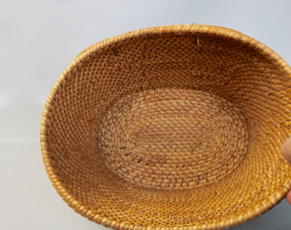 Vintage Large Rattan Straw Top Handle Basket Bag/… - image 5