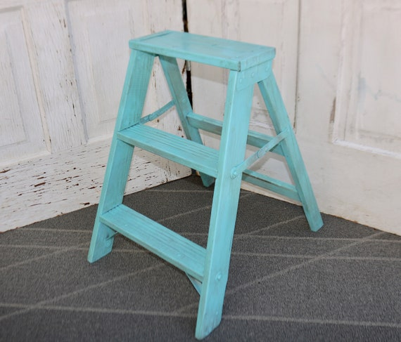 Cool Vintage Wood Step Ladder Painted Wood Ladder Decorative Step Stool Plant Stand Vintage Step Stool Free Priority Shipping Creativecarmelina Interior Chair Design Creativecarmelinacom
