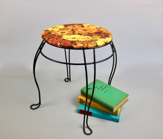 Excellent Vintage Midcentury Twisted Leg Vanity Stool With Newly Upholstered Vintage Orange And Yellow Floral Fabric Midcentury Metal Boho Evergreenethics Interior Chair Design Evergreenethicsorg