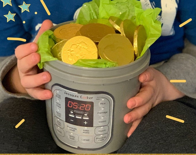 St Patrick's Day Pot of Gold, 1 Quart, 20 chocolate coins