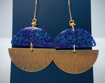 Resin and Textured Brass Earrings