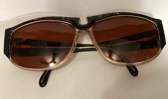 Vintage Genuine Gucci women sunglasses - image 4