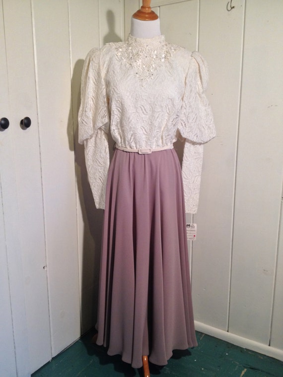 1970's Vintage Ursula of Switzerland Lace and Chif