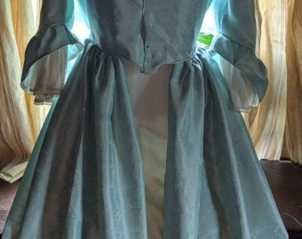 18 Th Century Gown