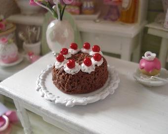Black Forest cake Dollhouse cherry whipped cream - miniature dioramas