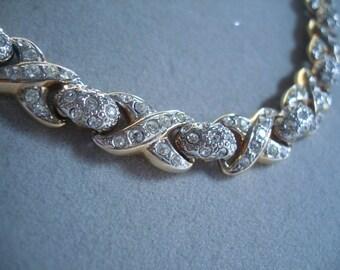 vogue no1 necklace
