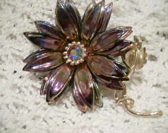 Vintage Brooch. Flower
