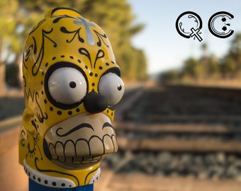 Giant Homer Simpson PEZ dispenser. -  Día de los Muertos - Day of the Dead