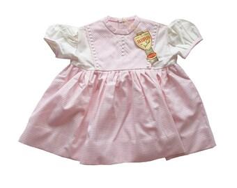 VINTAGE 50 60s   bambino   vestito era   cerimonia   bianco e tessuto di  cotone rosa   nuovo vecchio stock   taglia 1 anno 0ee2544d3c63