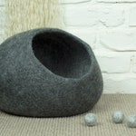 Grey Felted Wool Cat Cave | Grey Cat Bed | Felt Pet Bed | Wool Cat Pod | Cosy Cat Cocoon | Cat Den | Cat House | Kitty Cave