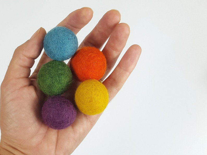 Natural Wool Cat Toys  Earthy Rainbow  5x 3cm Wool Felt image 0
