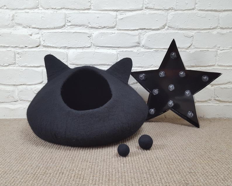 Black Felted Cat Cave Felt Cat Bed Black Cat Pet Bed Wool image 0