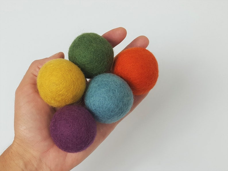Natural Wool Cat Toys  Earthy Rainbow  5x 4cm Wool Felt image 0