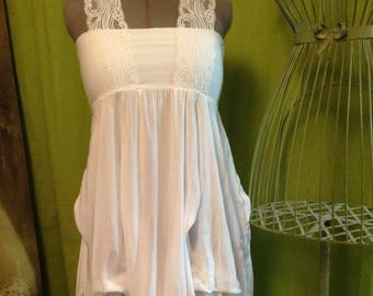White dress T 38 to 42 - lace strapless top with wide straps