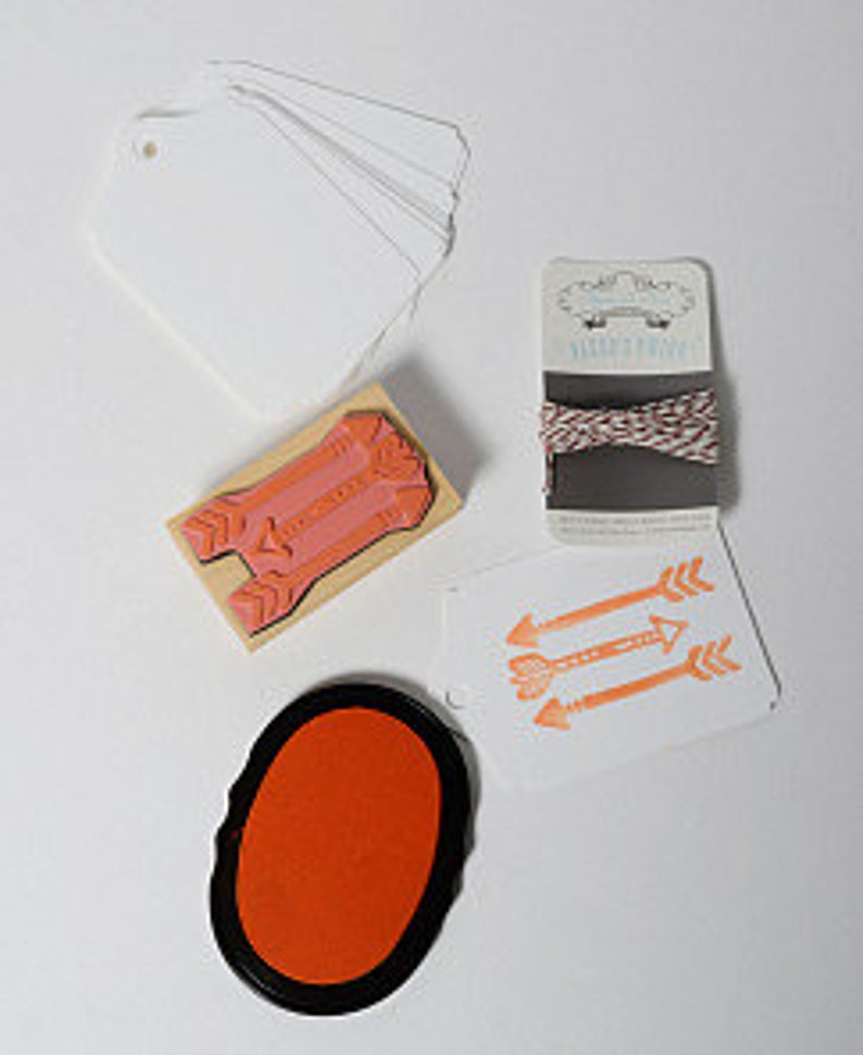 Sugarcube Press Do it Yourself Stamp Activity Kit--Arrow, Arrow Rubber  Stamp, Ink Pad, Baker's Twine, Gift Tags