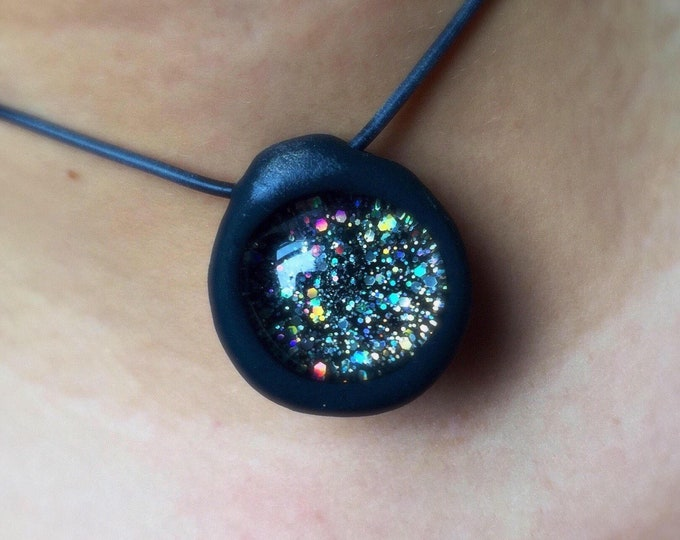 Black Hole Holographic Glitter Stretch Choker