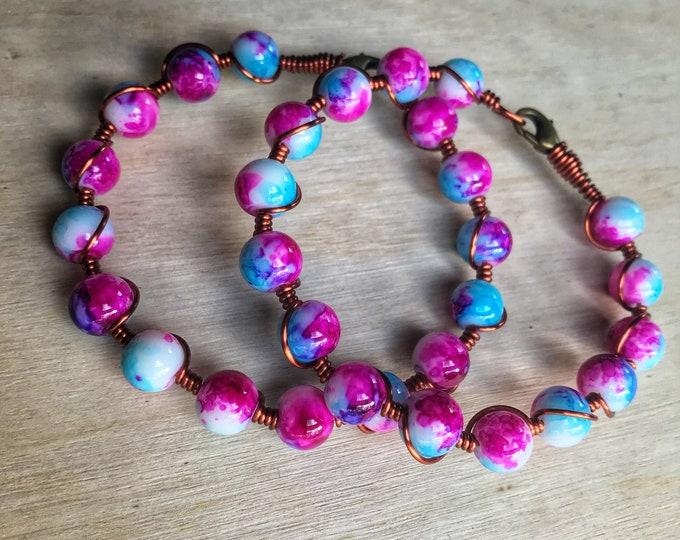"""Psychedelic Tie Dye Beaded Wire Wrap Bracelet, 7.5"""""""