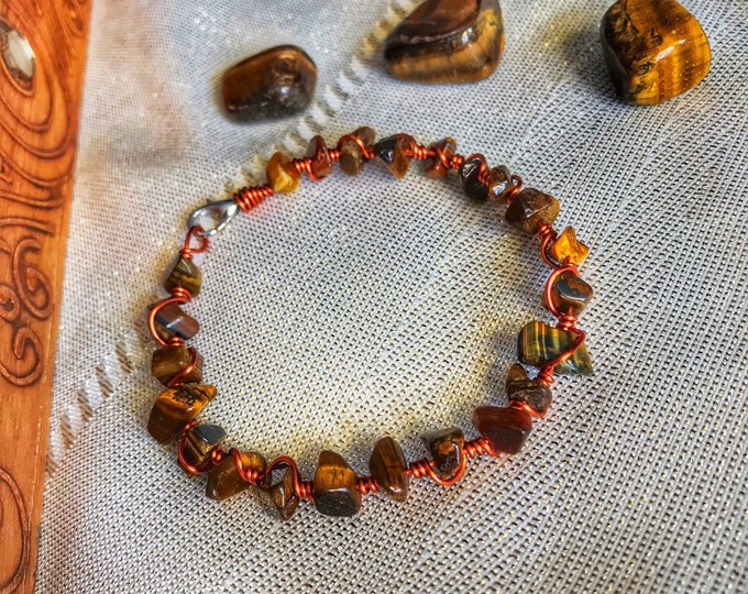 "7.5"" Polished Tiger's Eye and Solid Copper Wire Wrapped Bracelet"