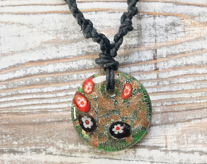 Hemp Necklace,Hemp Flower Necklace,Flower Necklace,Trippy Glass Pendant,Festival Necklace,Boho Necklace,Thick Hemp Necklace,Hemp Flower