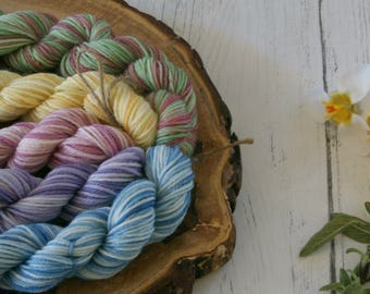 Merino Sock Yarn Mini Skeins - 5 x 20g - 4ply Variegated Pastel Colours - hand dyed