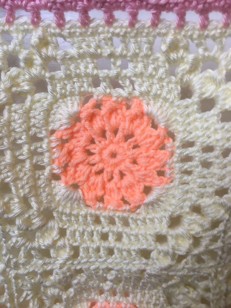 girls Crocheted baby blanket