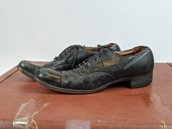 1920s - 1930s Black Lace Up Oxfords | Witchy Vinta