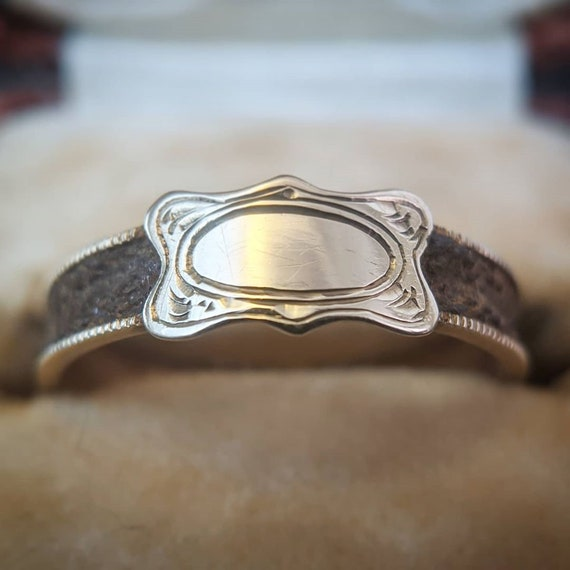 Antique 14k Gold Victorian Mourning Ring | Sentime